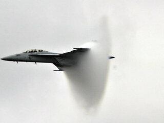 F-18は湾岸戦争では第一次を含めて撃墜されたのは2機、あとは事故で8機が失われた言います。第一次湾岸戦争ではMi...