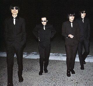 日本のミッシェルガンエレファントをご存知でしょうか? 彼らがいつも着ていたのがモッズスーツです。...