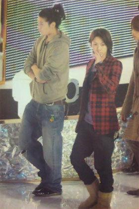 赤西仁さんと亀梨和也さんが私服の時の全身画像があれば貼っていただけ Yahoo 知恵袋