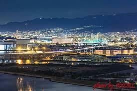 神戸の街があまりに美し過ぎて、景色に見惚れてスピード緩めてしまうからやね。