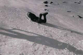 遺体 富士山 滑落