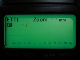 オートで撮影して露出オーバーになら光量補正をして下さい。