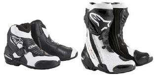 SS乗りでもツナギを着ない限りはレーシングブーツの 足首の後ろに自由度が有るショート版が使い易いですね。...