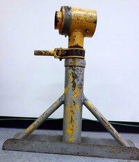 この工具の名称、型番、メーカー、用途などをお教えください。