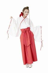 巫女の袴はなぜ、赤色となっているのでしょうか?何らかの意味があるでしょうけど・・・。