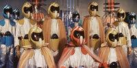 東宝特撮映画について。  もしも、これらの往年の東宝特撮映画がリメイクされたらどうなるでしょうか?  地球防衛軍(1957) 宇宙大戦争(1959) 海底軍艦(1963) 美女と液体人間(1 958) 緯度0大作戦(1969) 惑星大戦争(1977)   ゴジラだけで無く、これらの作品にも目を向けて欲しいです。