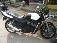 ホンダのバイク ナナハン? このバイクはナナハンですか? 車種はなんですか?