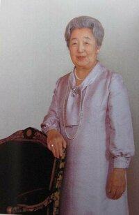なぜ、皇太后さま(香淳皇后)は、昭和天皇の崩御(1989年)以降、公から全く姿を消してしまった のですか??