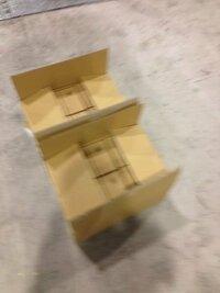 電工二種の実技試験を受けて来ました。始まる前の時間に材料の箱が放置に近い形で床に置かれており、何人かが箱を開けて中を見ていました。 まだまだ調べ物をする時間的余裕があり、大変不公平と思いました。全国どこでもこんな感じなんでしょうか。