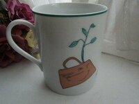 エルメスのマグカップについて  このマグカップは、いつ頃のノベルティーですか。