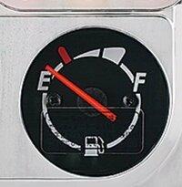原付の燃料メーター?の見方がよく分からないです(*_*) おしえてください。