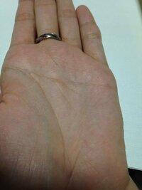 手相についてなのですが、私の手相はマスかけ線?がどちらの手も横一直線なのですがなにか意味があるのでしょうか? 見てもらいたいです
