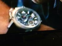 映画、テイカーズの中でポールウォーカーがしていた時計なのですが、なんという時計かわかるかた教えてください