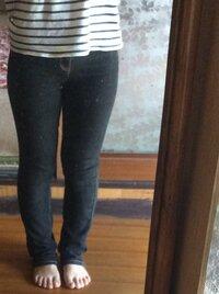 こんな太い足で、スキニー履いたらダメですか? かのじょがこんな足だったら嫌ですか?