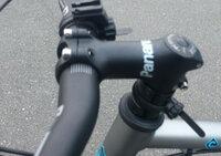 このステムの突き出しの長さが解る方いらっしゃいませんか 昔のってた自転車のステムなんですが、同じのを購入しようと思うのですが、突き出しの長さを忘れてしまいました。 のってた自転車は今は手元になく、確認のしようがありません・・・、    http://i.imgur.com/7fnwbVT.jpg?1
