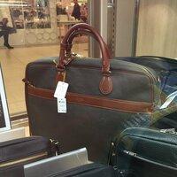 このポーターバッグはどんな種類のものですか? 教えて下さい。