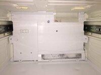 東芝製冷蔵庫 GR-40GSの除霜センサーを交換したいのですが… 冷蔵庫の自己診断機能で除霜センサー異常が出ており、冷凍室は大丈夫なのですが、冷蔵室と野菜室、切り替え室の冷えが悪い状態になっています。   野...