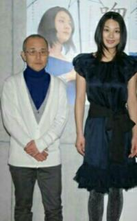 女優の小池栄子さんは、公称では身長167センチとしていますが、実際はもっと背が高いと思いませんか? どう見ても、170センチはあるように思いますが!  あなたは、小池栄子さんの本当の身長は何センチだと...