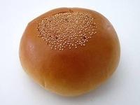 あんパンとかの上にプツプツとあるケシの実(焼く前の実)を植えて育てたら、麻薬を栽培したとし逮捕されますか?
