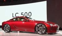 LEXUSのLC500 SUPER GTなんかのレース仕様も、一般販売向けも めっちゃカッコよくないですか?