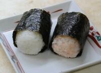 関西地方のおにぎりは俵型が多く関東地方で 俵型があまりないのは何故ですか?