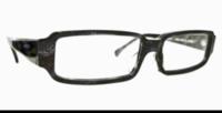 スクウェアメガネで 瞼が隠れるような大きなリア?フレーム?って ありますか? このスクウェア型で