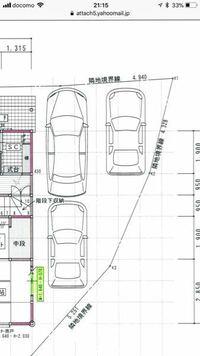 駐車場にカーポートを設置したいと考えてます。 図のような駐車場で、横に二台いつも止めています。  二台分のカーポートなら嬉しいのですが、駐車場のかたちも、悪く厳しいかと思ってます。  オススメのカーポー...