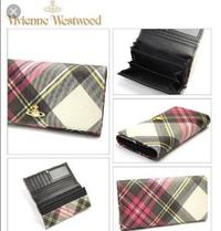 このVivienne Westwoodの財布は廃盤ですか?