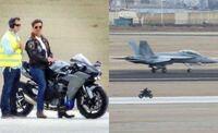 トップガン2 バイクはH2らしいけど、戦闘機は何に乗るのかな? F/A-18E/F スーパーホーネット? マーベリックというタックネームは変えるのか? 興味は尽きないですね〜!  質問 日本も「ベストガイ2」と「空飛ぶ...