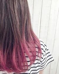 セルフで毛先だけ染める(グラデーション?)やり方を教えてください。 下の写真みたいにしたいです。  ブリーチはしません。