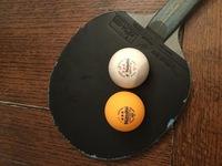 ニッタク卓球ボールに普通の3スターとラージの3スターがありますが、何が違うのでしょうか? ラージの方が、打っていて変な感じでランクが下のボールのように感じます。 同じニッタクの3スターなのに、何が違う...