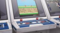 アニメ「ハイスコアガール」の第3話に、一瞬だけ映っていたゲームのタイトルが分かりません。 昔 駄菓子屋で遊んでいた記憶があり、とても気になったので検索をしてみましたが、見つかりませんでした。 このゲ...