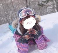 どこのブランドのスキーウェアかわかりますか?