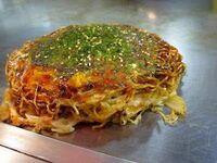 広島風のお好み焼きは「Hiroshima style okonomiyaki」と英訳され外国人からの人気が高めですが、外国人はどういうところに惹きつけられてるのだと思いますか?ちなみに広島風のお好み焼きは実際に味わってみると...
