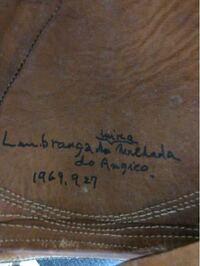 ポルトガル語?スペイン語? 死んだ祖父からもらった帽子の裏に書いてありました。なんて書いているでしょうか? 昔ブラジルの鉱山で働いていたみたいです。