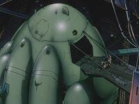 ロケットの打ち上げと偵察衛星といった人工衛星に探知されない方法について質問です。 以下の画像は、OVA『機動戦士ガンダム0083』のジオン残党軍基地、キンバライト基地内部の画像で、この基地には「HLV」という...