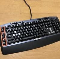 2万円のキーボードは高いほうでしょうか?logicool ゲーミング キーボード G710+と言う今は生産されてない国産の品を2万円代で買いました。 皆さまは PCにどの位かけておられますか?