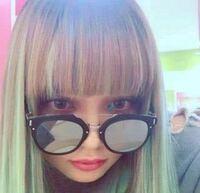 渡辺リサちゃんがつけているこのサングラスはどこのブランドのものかわかりますか?(>_<)