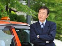 俳優の渡瀬恒彦さんの演じるキャラ(作品名もお願いします)で誰が好きですか? 1番好きなキャラの画像もお願いします。 自分は 1)夜明日出夫/タクシードライバーの推理日誌シリーズ 2)鳥居勘三郎/おみや...