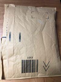 アマゾンで購入した商品を返品したいのですが、ダンボールじゃなくても画像の入れ物でも返品できますか?