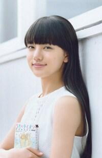 清原果耶さんと芦田愛菜さん  似てないですか?