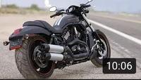 バイク 車種  添付画像のバイクはハーレーダビッドソンの何という車種でしょうか。年式もわかりましたら教えてください。