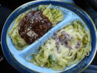 ミートスパゲティとカルボナーラどちらが好きですか?