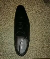 この靴はロングノーズですか?  冠婚葬祭には不向きですか?