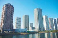 タワーマンションは、階層が高くなるほど値段が上がるのですか? タワーマンションに住みたがる方は少なくないですが、同じタワーマンションで同じ間取りであっても、階層が上がるほど値段も少しずつ上がっていく...