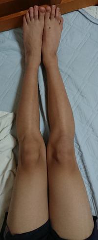 女装願望があって足とヒップのサイズを測ったのですがこれってどうでしょうか?もっと細くなった方が良いのでしょうか?  ヒップ 88cm 太もも 50cm ふくらはぎ 34cm 足 首 22cm 身長 169cm 体...