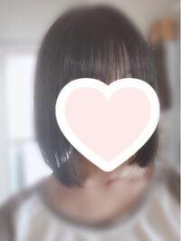 ショートボブで、縮毛矯正しました。 これからはずっとこの長さで行こうかなと思っているのですが、2回目の縮毛矯正はいつ頃がいいでしょうか?髪全体に縮毛矯正したいので、あまり感覚が短いと髪の毛にダメージが多そうで、いつかけたらいいのかわかりません。半年ほど経てばもう一度かけても大丈夫ですか?2度目やったせいで髪の毛がちりちりになったなどたまに聞くので怖いです