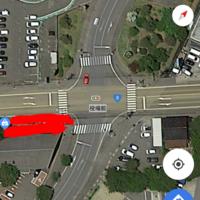 こういう交差点でも原付きは二段階右折ですか?