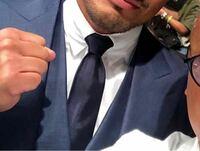スーツのワイシャツについて質問です。 襟が写真のようにピタッとなる形の名称?はなんでしょうか。