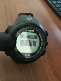 このアシックスの時計なんですが取扱説明書を紛失したためGPSでの時刻設定ができません。 どこのボタンを押すとGPSでの時刻設定はできますか?